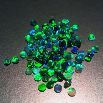 GREEN ROUND COIN 3mm OPALS by GILSON OPALS